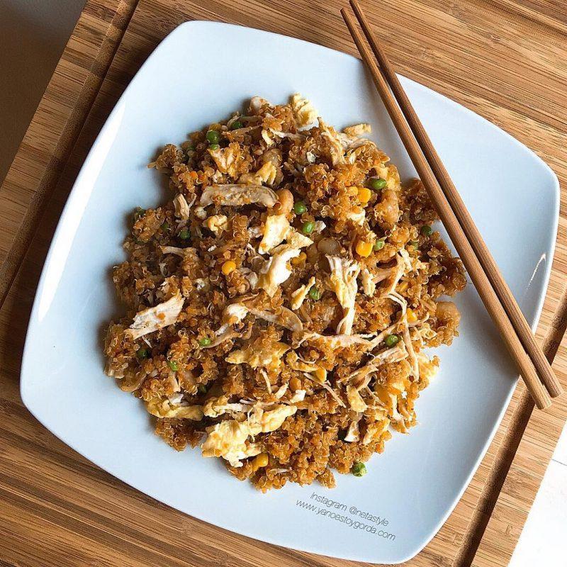 """Quinoa con pollo y gambas estilo chino """"fit"""""""