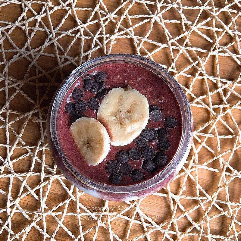 Overnight oats & chía choco-banana (Gachas de avena)
