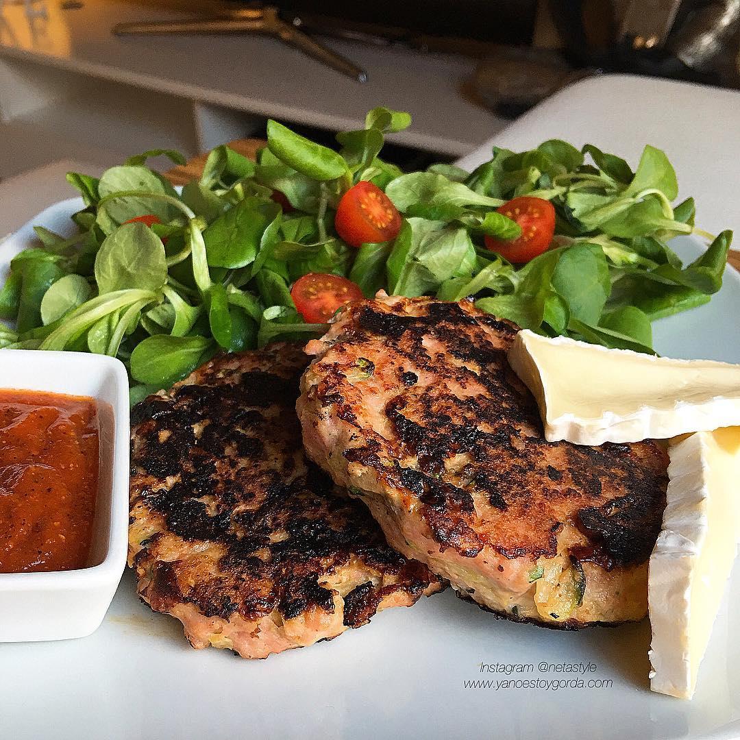 Hamburguesas de pollo y calabac n fit yanoestoygorda - Hamburguesa de verduras ...