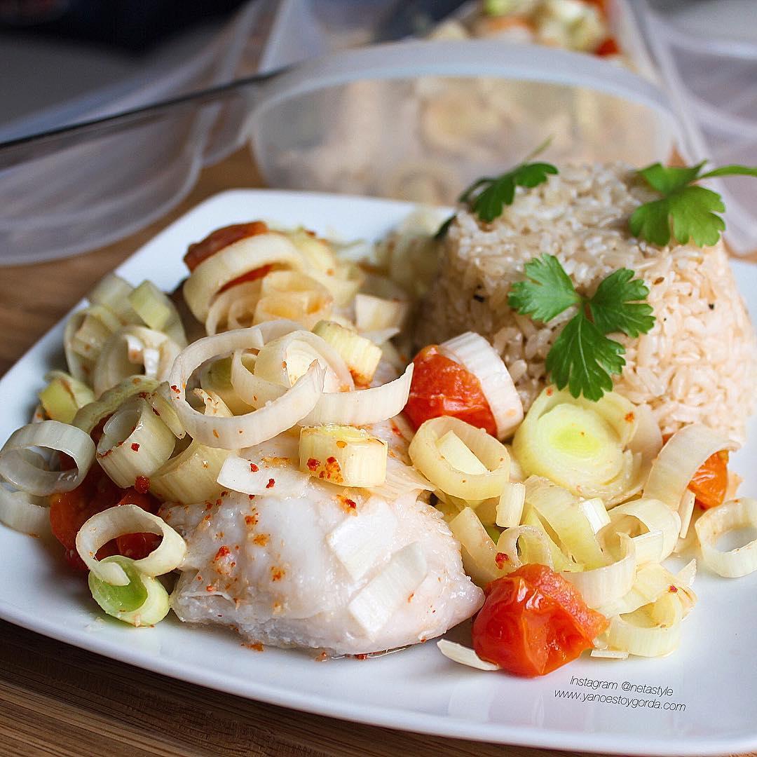 Lomos de merluza con puerros al microondas yanoestoygorda by netastyle - Cocinar pescado en microondas ...