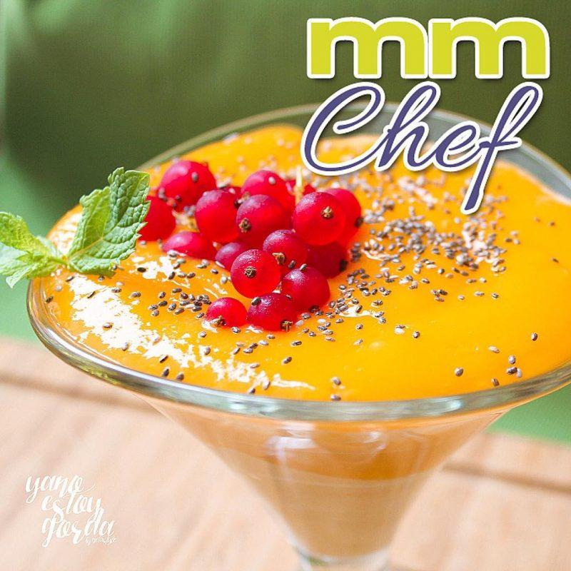 Copa de crema de mango y yogur