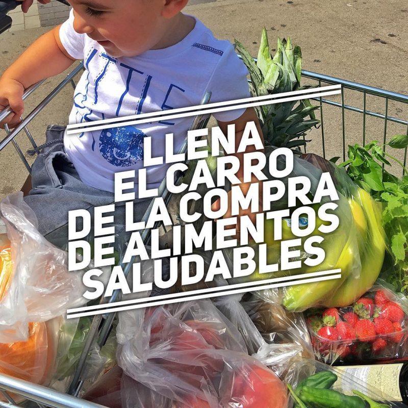 Llena tu carro de la compra de alimentos saludables