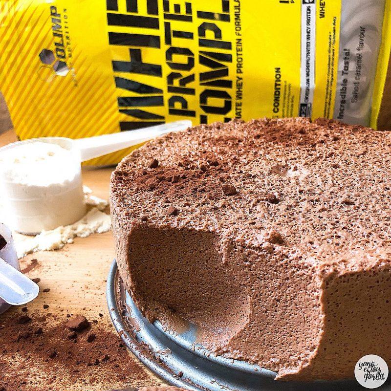 Mousse de cacao al caramelo