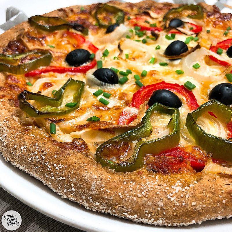 Pizza de espelta integral con pimientos